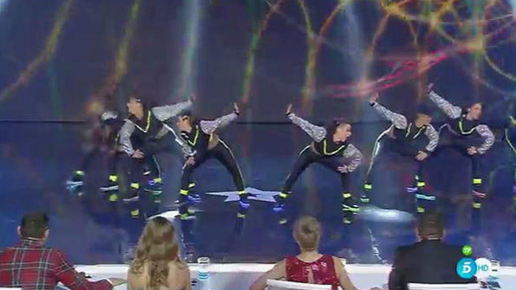 Zistarlity sorprende con su seguridad y su coreografía perfecta