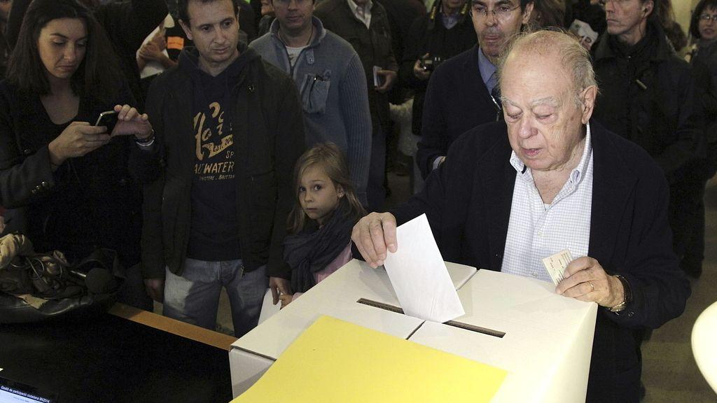 Jordi Pujol vota en el 9N