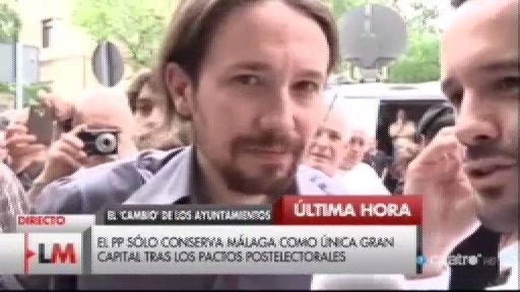 """Pablo Iglesias """"emocionado"""" con Carmena: """"Se acabó el Madrid de los corruptos"""""""