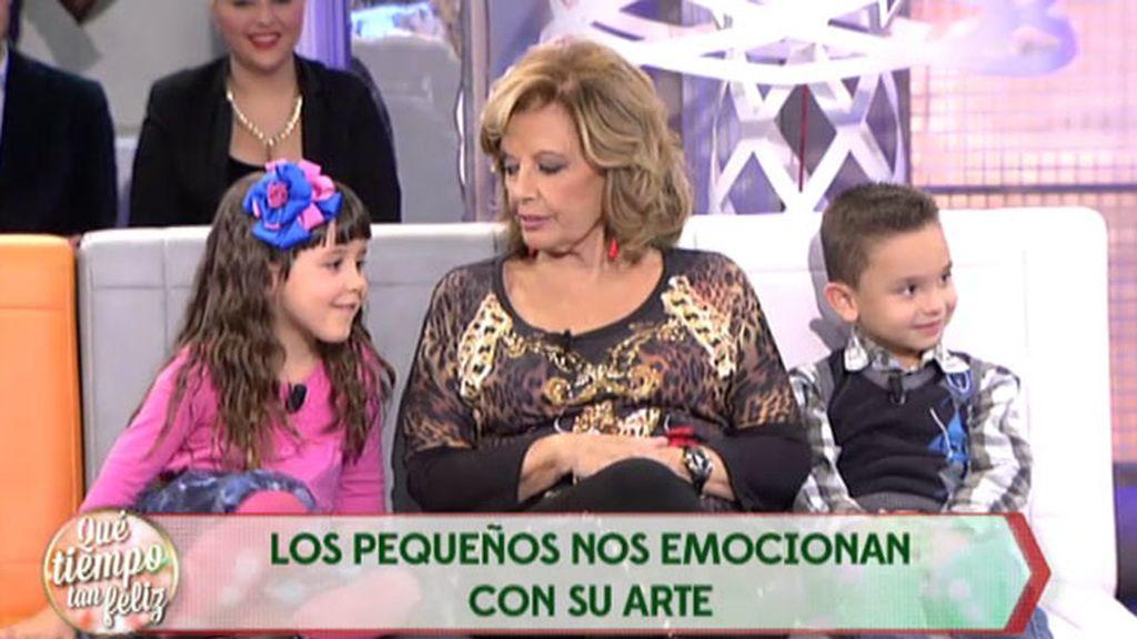 Los 'pequeños gigantes' entrevistan a Mª Teresa Campos con mucho arte