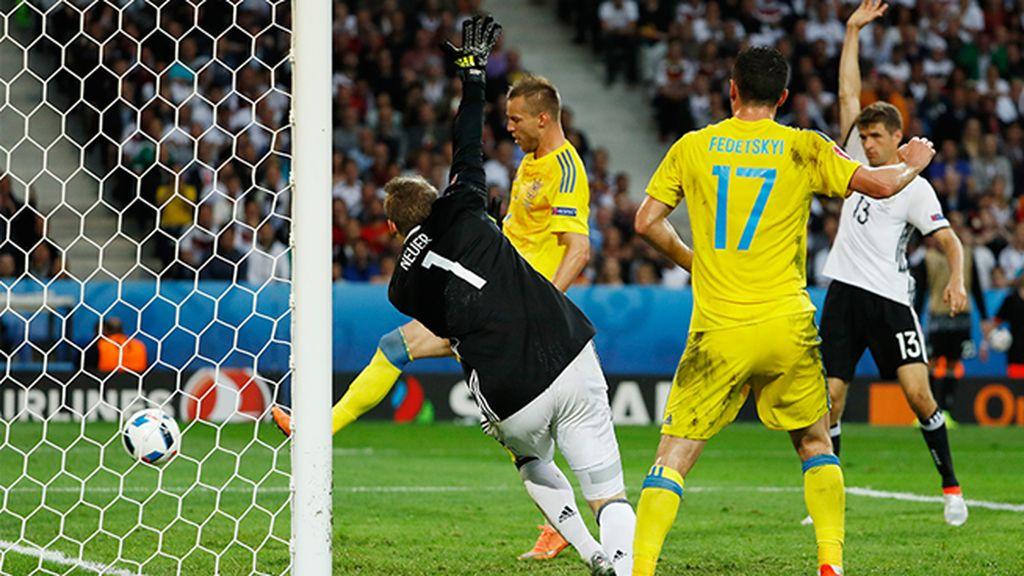 Gol anulado a Fedetskiy por fuera de juego