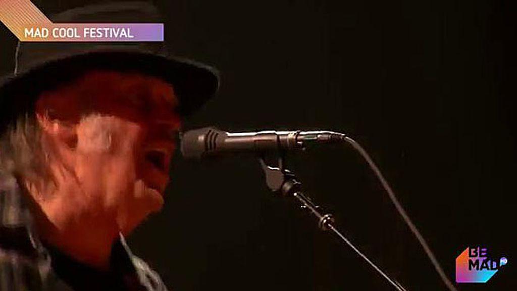 IM-PRE-SIO-NAN-TE: Así fue la actuación más esperada, la de Neil Young