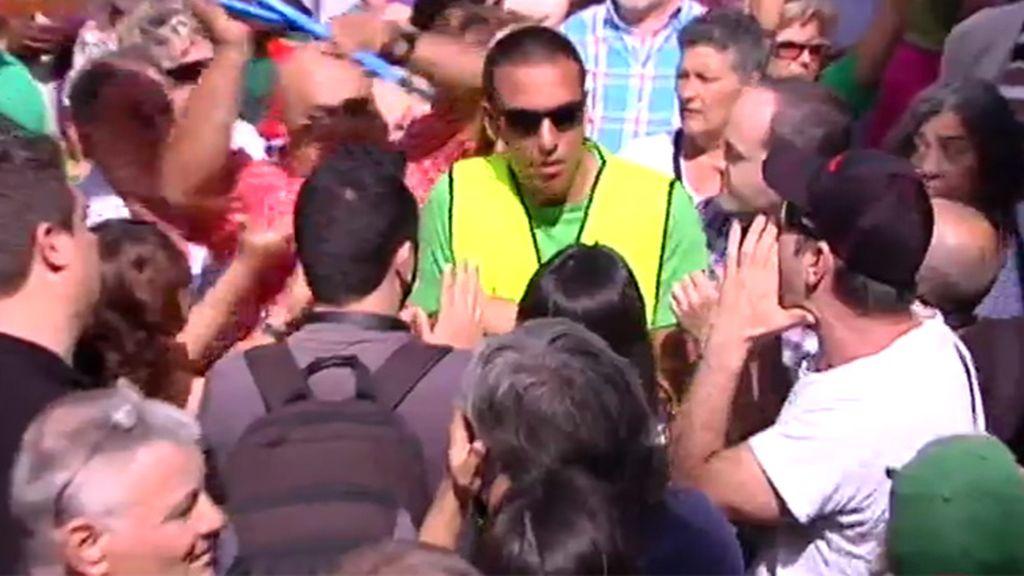 Altercados en Badalona entre simpatizantes del PP y Guanyem Badalona en Comú