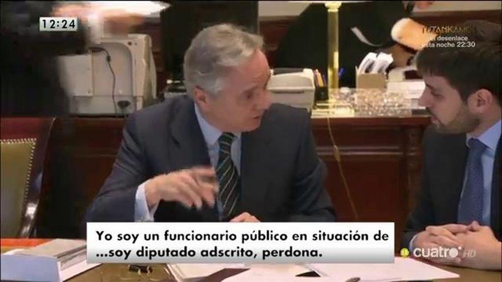 Gómez de la Serna recoge su credencial de diputado y el PP estudia su suspensión
