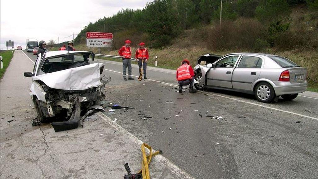 Un accidente registrado la pasada semana en Navarra. EFE/Archivo