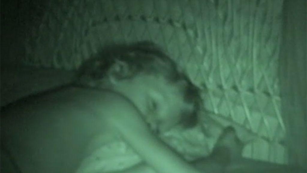 Miguel deja de dormir con sus padres
