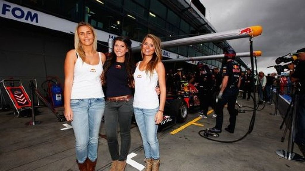Las Red Bull girls