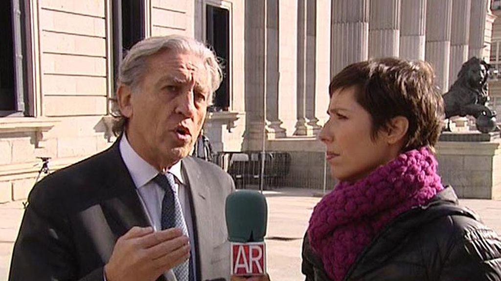 """Diego López Garrido: """"La fiscalía tiene un estatuto de independencia y el gobierno no puede cesarlo por capricho"""""""