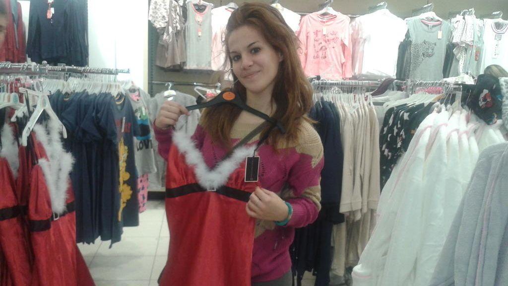 El vestido sexy de Meri la novia de Iván
