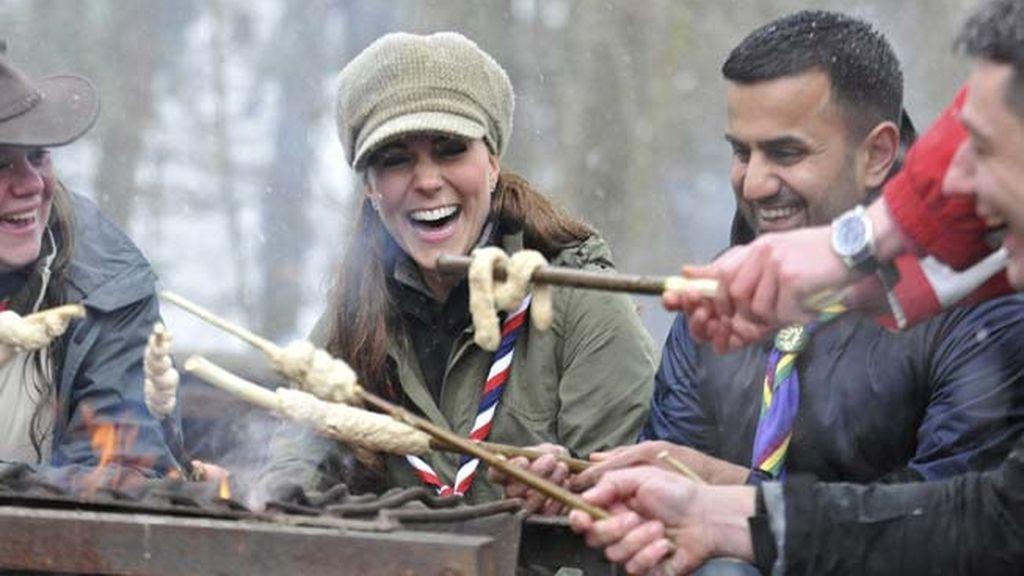 La Duquesa de Cambridge se convierte en scout