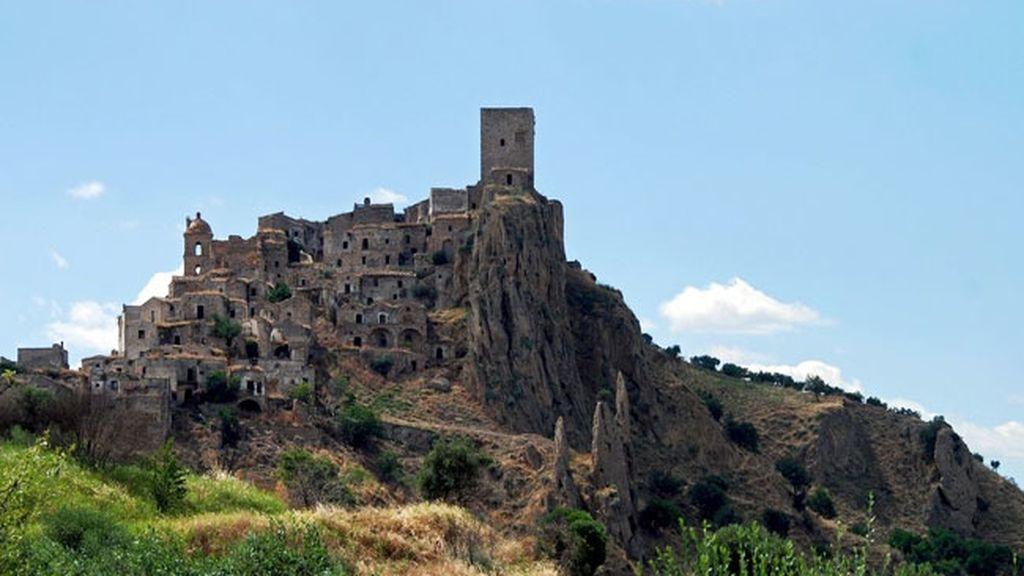 Craco, la ciudad italiana abandonada por miedo a los terremotos