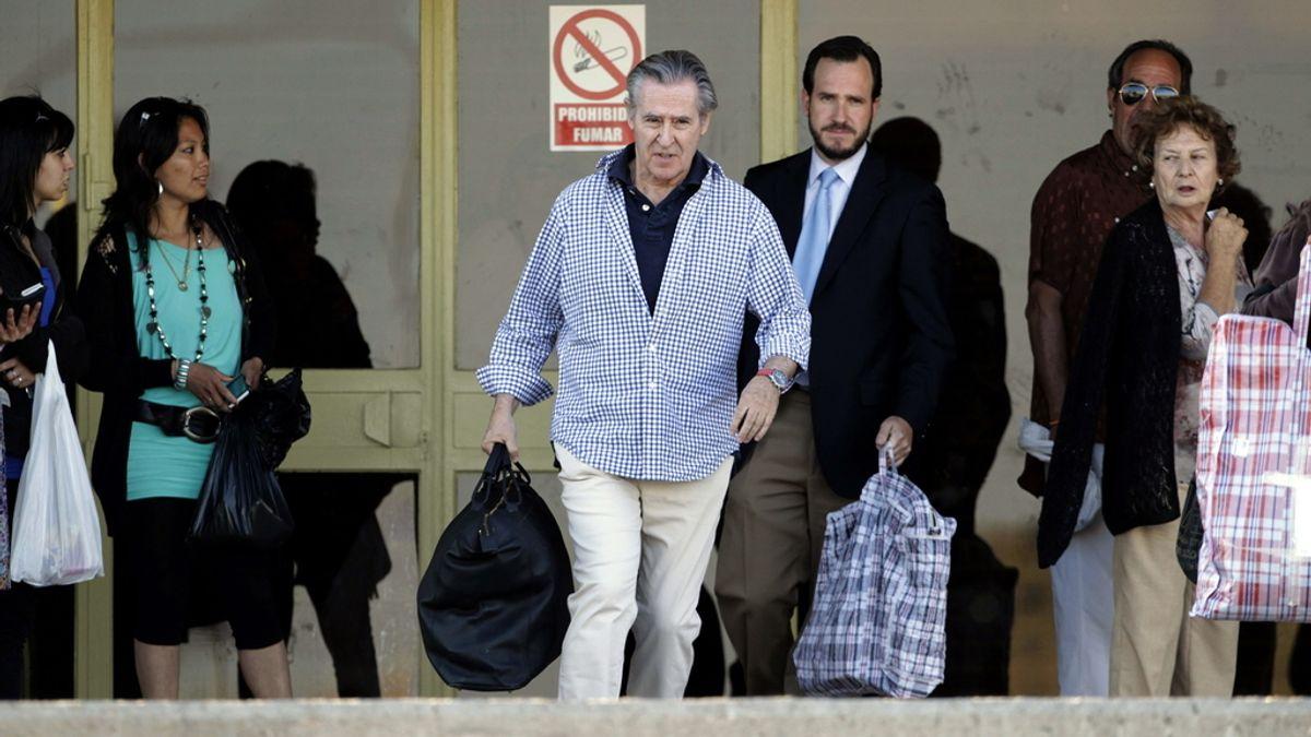 El expresidente de Caja Madrid Miguel Blesa, a su salida de la prisión madrileña de Soto del Real, donde ingresó el pasado 5 de junio por orden del juez Elpidio José Silva
