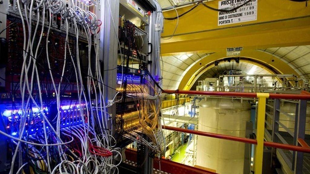 La revista 'Science' ha  informado el problema del cable de fibra óptica este miércoles, aunque ser realizarán nuevas mediciones en el mes de mayo, según fuentes del CERN.