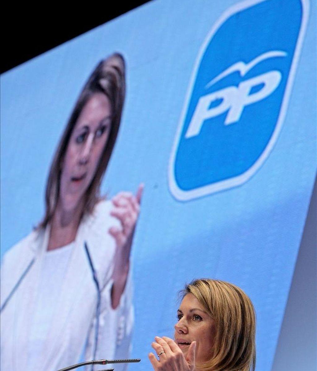 La secretaria general del PP, María Dolores de Cospedal, ha participado hoy en Valencia en el acto de proclamación de Rita Barberá como candidata a la reelección para la Alcaldía de esta ciudad. EFE