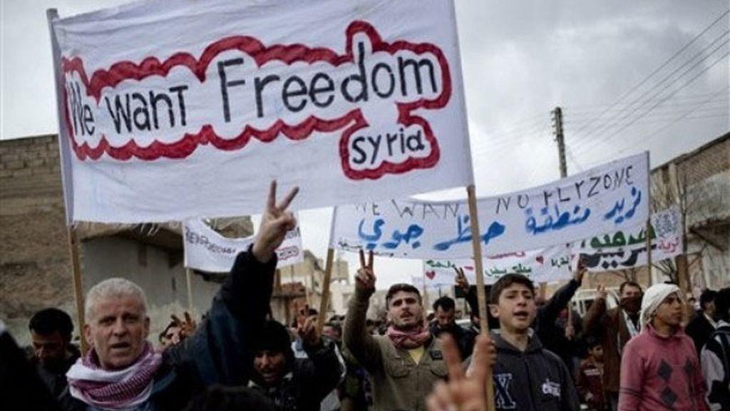 Manifestantes piden libertad para Siria
