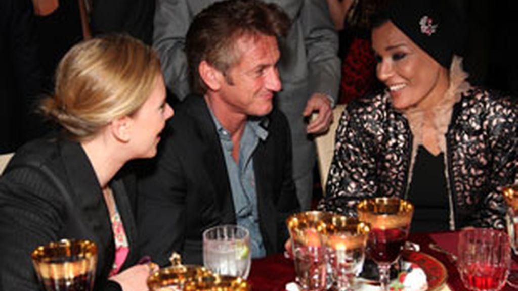La pareja ya se ha dejado ver junta en una cena oficial en Los Ángeles. FOTO: Gtres