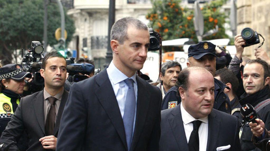 Ricardo Costa, a su llegada a los juzgados