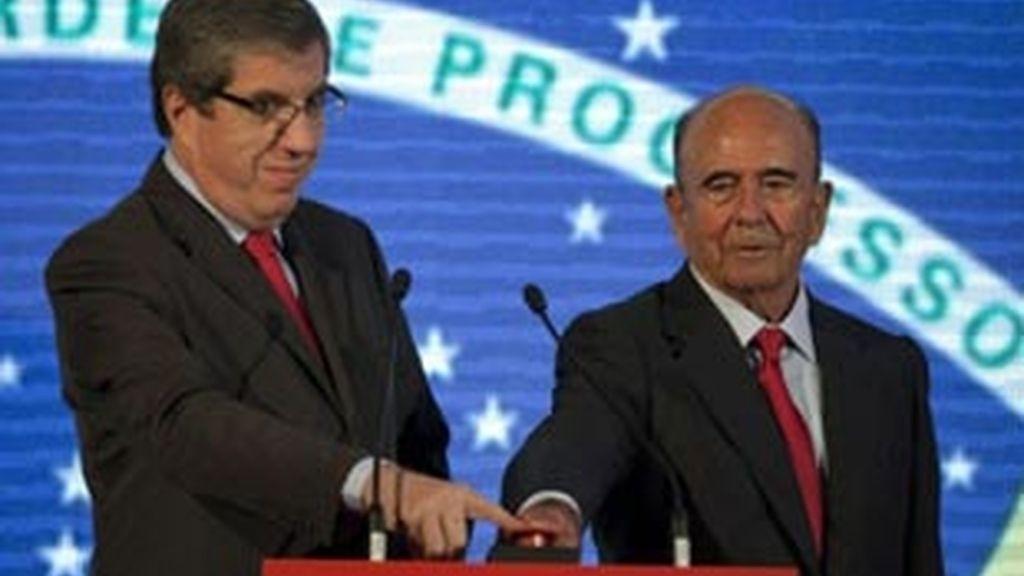 Fabio Colletti Barbosa junto al persidente del grupo Santander Emilio Botín. Foto: EFE