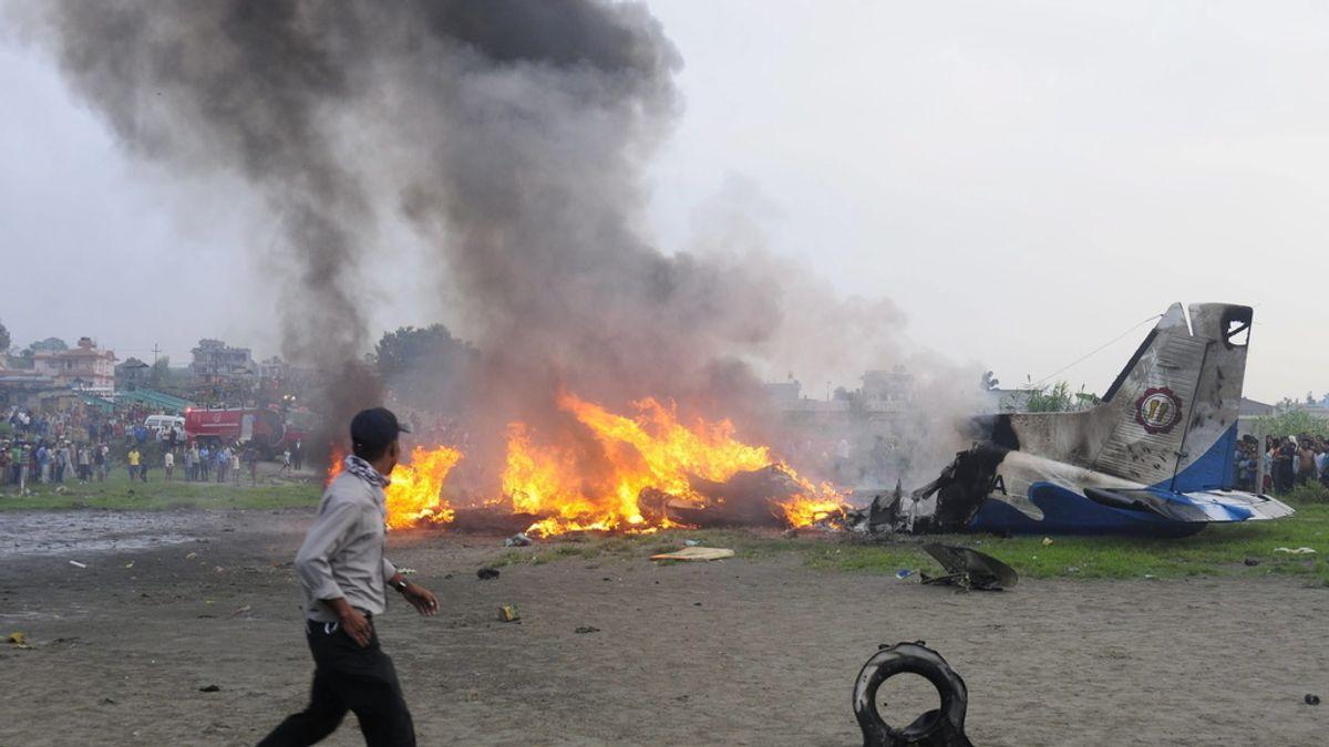 Diecinueve muertos en un accidente de avión en Nepal