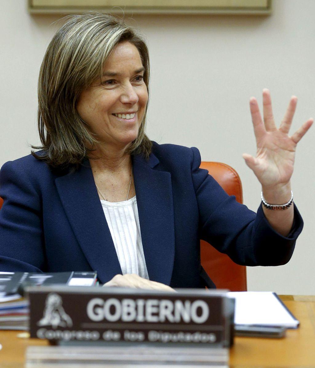 Ana Mato explica en el Congreso el ahorro logrado tras la aplicación del copago sanitario
