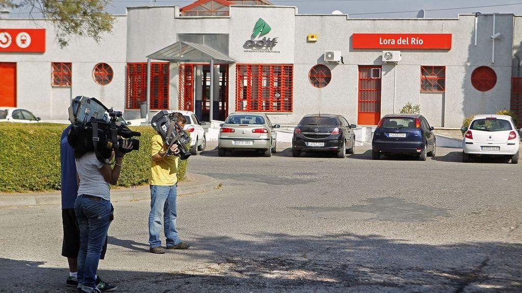 Estación de tren de Lora del Río (Sevilla), donde ha sido asesinada una mujer, presuntamente, a manos de su expareja