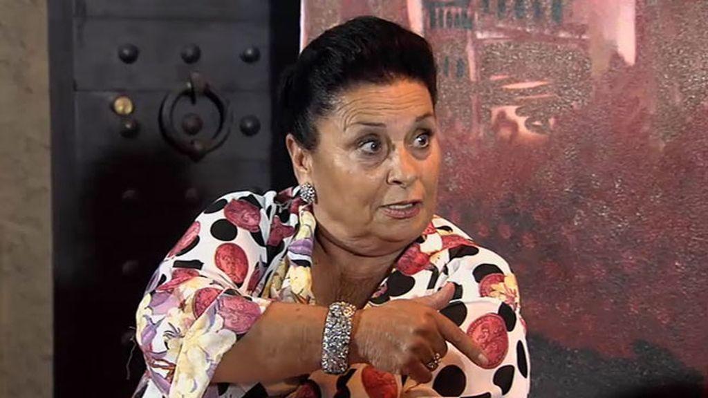 """Salvadora: """"Aquí la que manda soy yo, hay que renovar 'La cueva de La Rocío"""""""