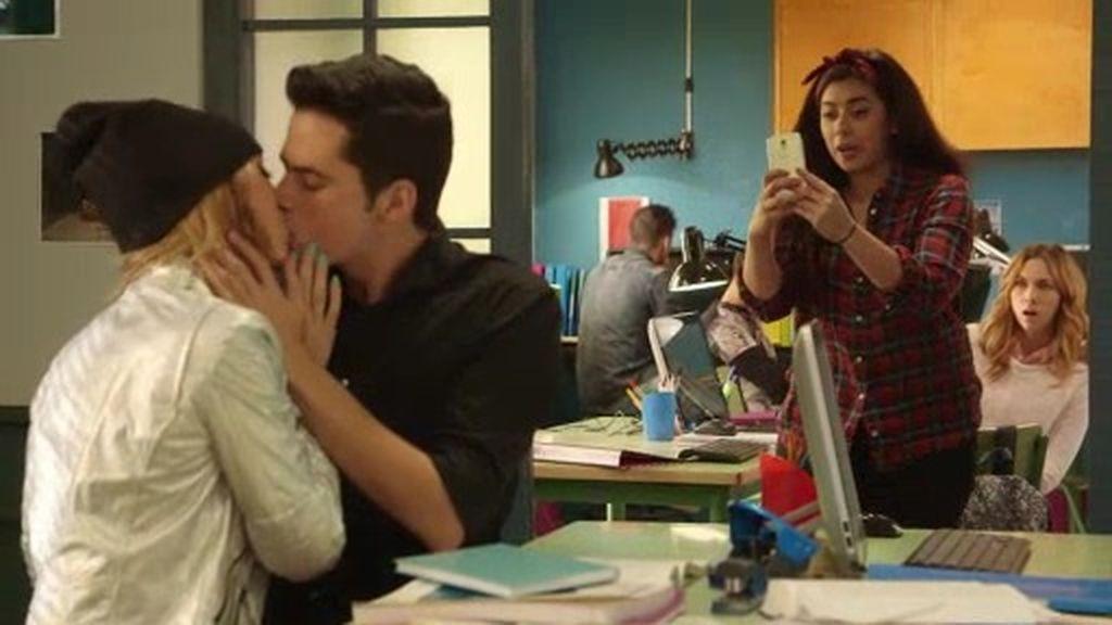¡El beso de Pablo y Natalia!
