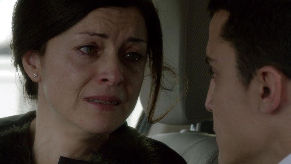 La mujer de Serra ayuda a Morey a entrar en el ordenador de su marido