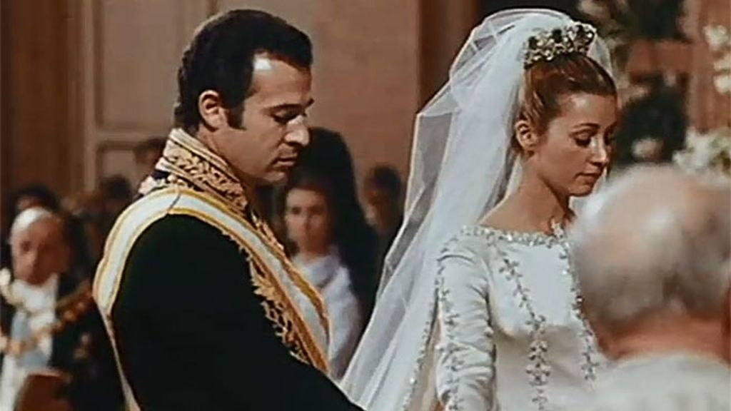 Suárez decidió no retransmitir la boda de Alfonso de Borbón y Carmen Martínez Bordiú