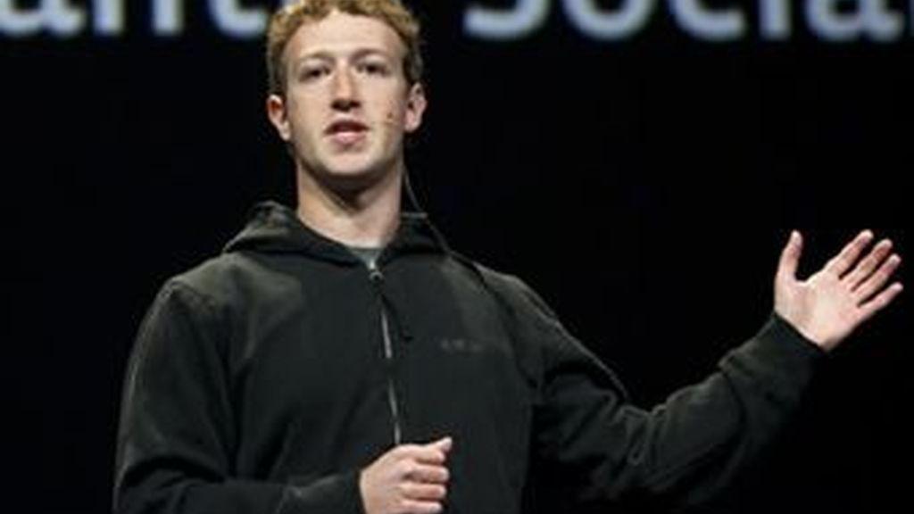 Mark Zuckerberg gana en el terreno de sus rivales. Tiene más seguidores en la red social de Google que los propios directivos del buscador. Foto archivo