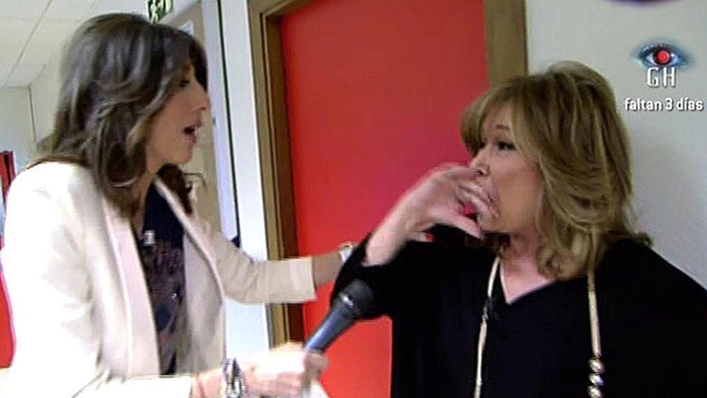 Tras saber que Mónica se había sometido al polígrafo, Mila simula un ataque de ansiedad