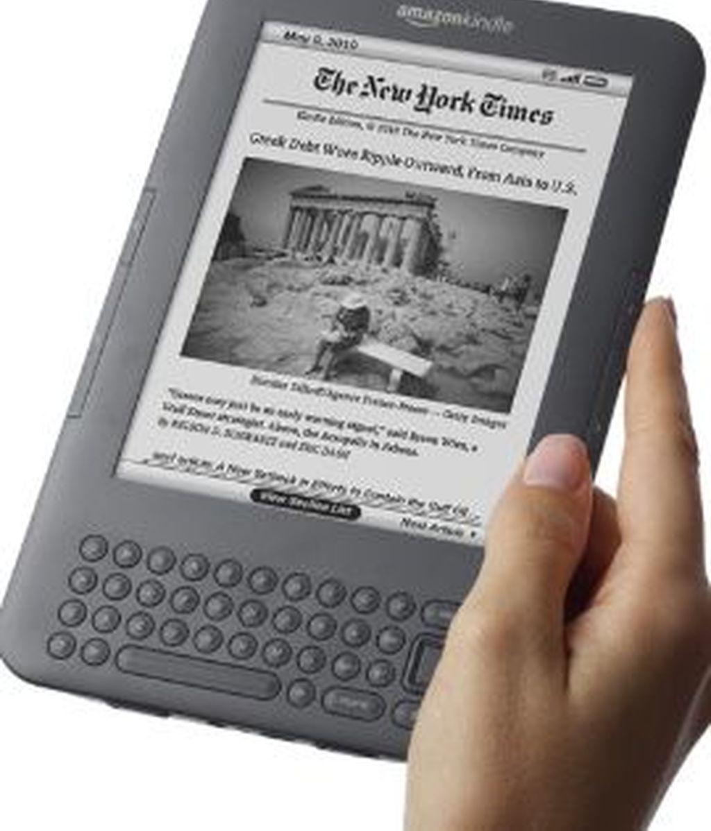 Amazon sacará una versión más económica de su Kindle. El usuario podrá escoger un precio más reducido a cambio de soportar la publicidad . Foto Amazon