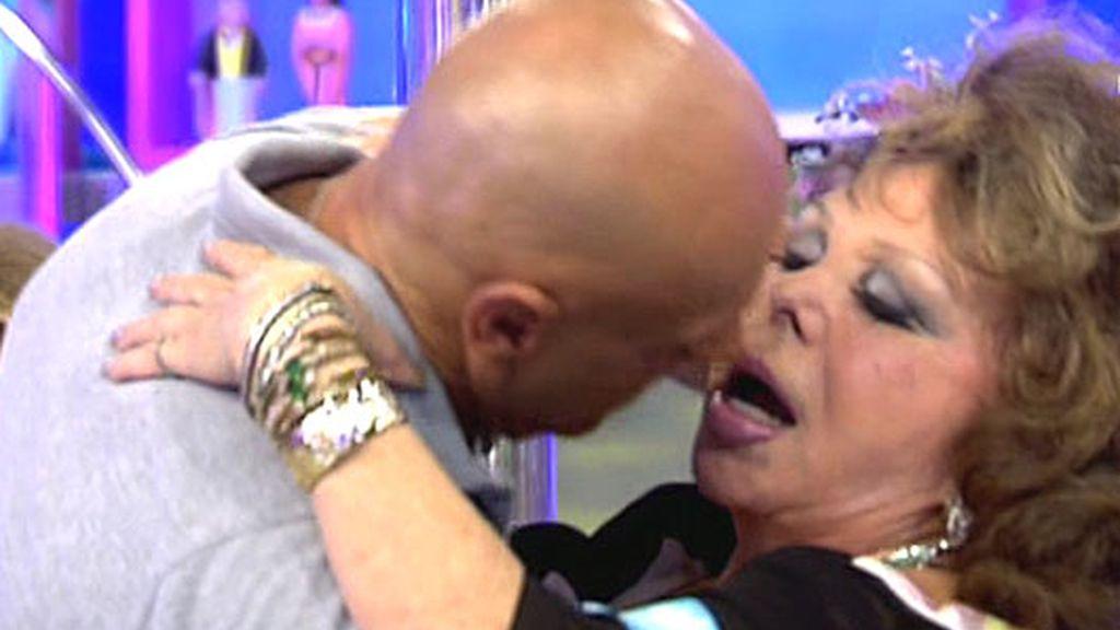 Marujita Díaz: ella siempre dice sí