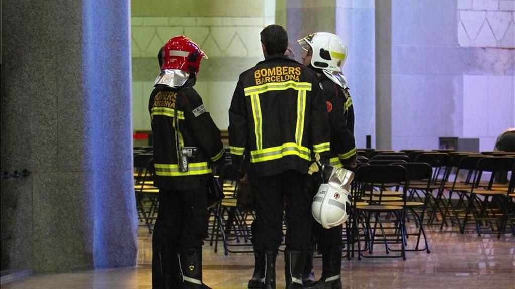 Miembros de los bomberos de la Generalitat. EFE/Archivo