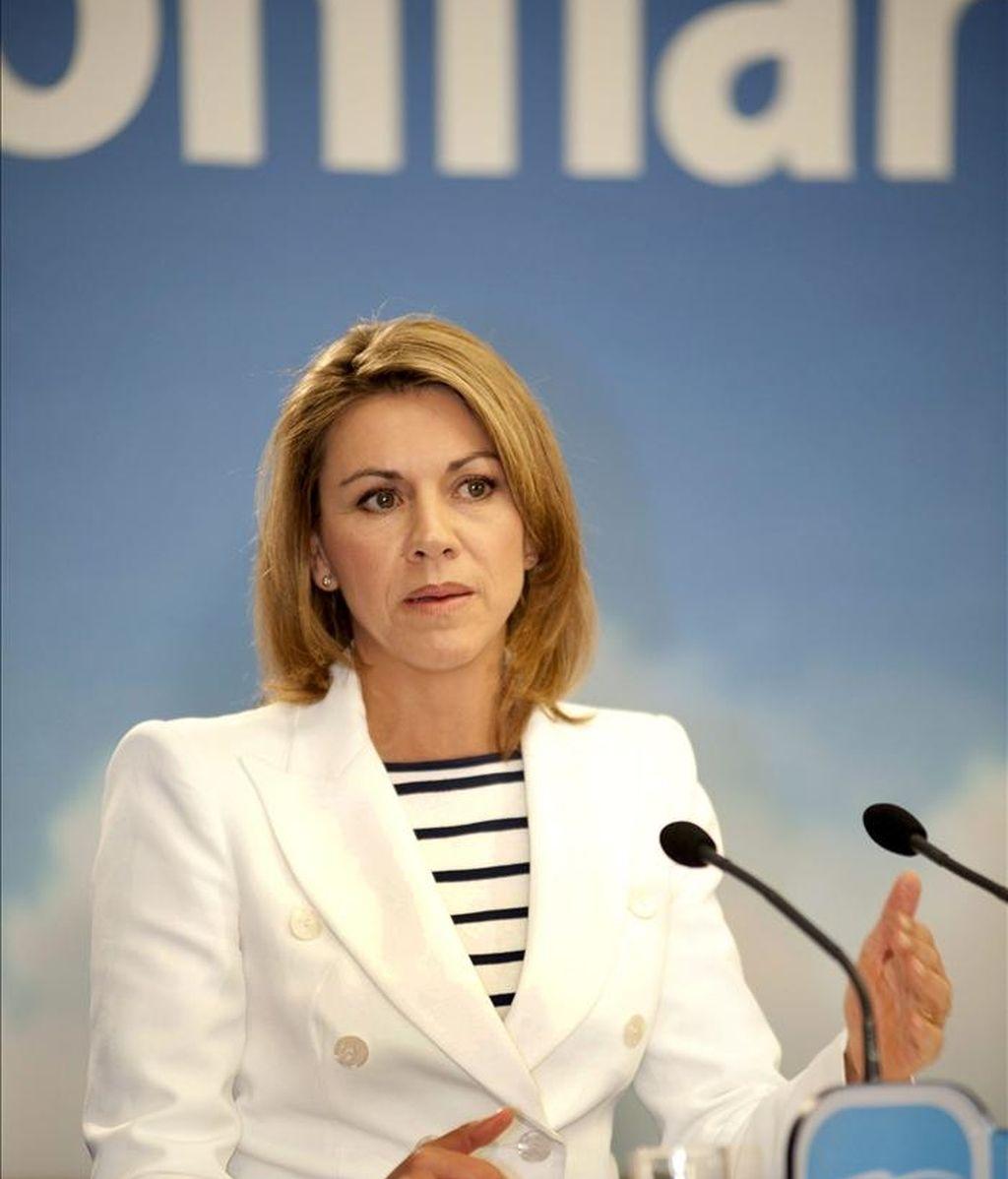 La secretaria general del PP y candidata a la Presidencia de Castilla-La Mancha, María Dolores Cospedal, durante un acto público hoy en Toledo. EFE