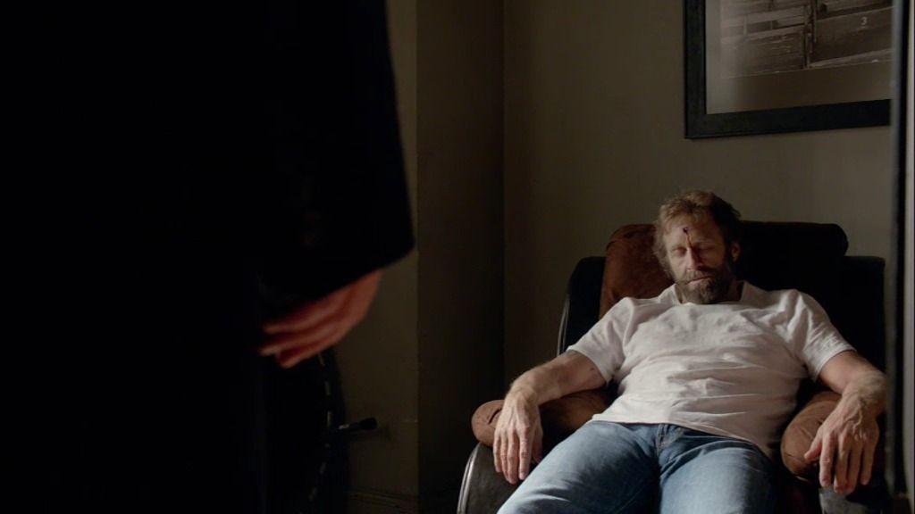 Castle y Beckett visitan la casa del doble de Chuck Norris en Manhattan