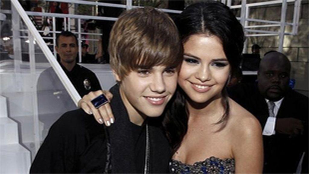 Justin y Selena, en una imagen de archivo. Foto: AP.