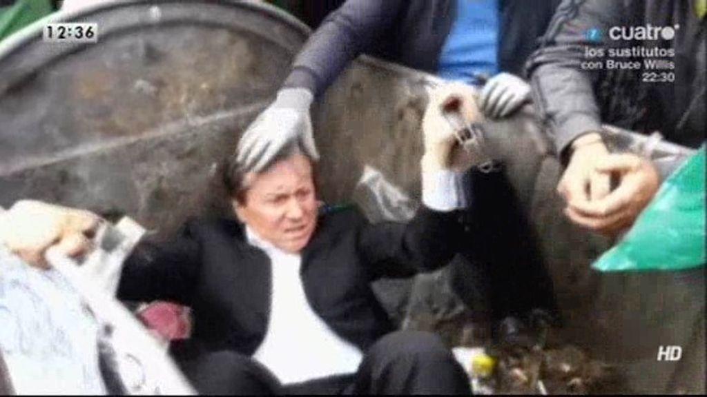 Un diputado ucraniano es arrojado a un cubo de basura cerca del Parlamento