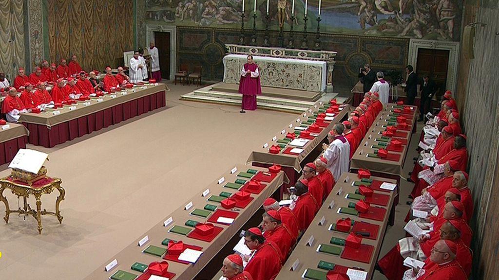 Comienzo el cónclave que eligirá al sucesor de Benedicto XVI