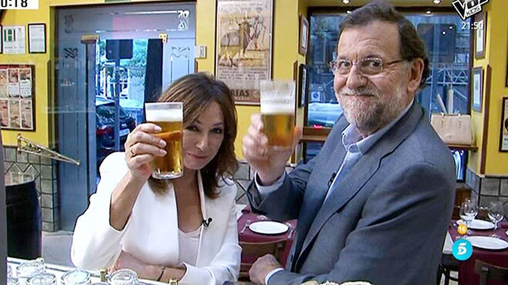¡Ana Rosa y Mariano Rajoy se van de cañas!