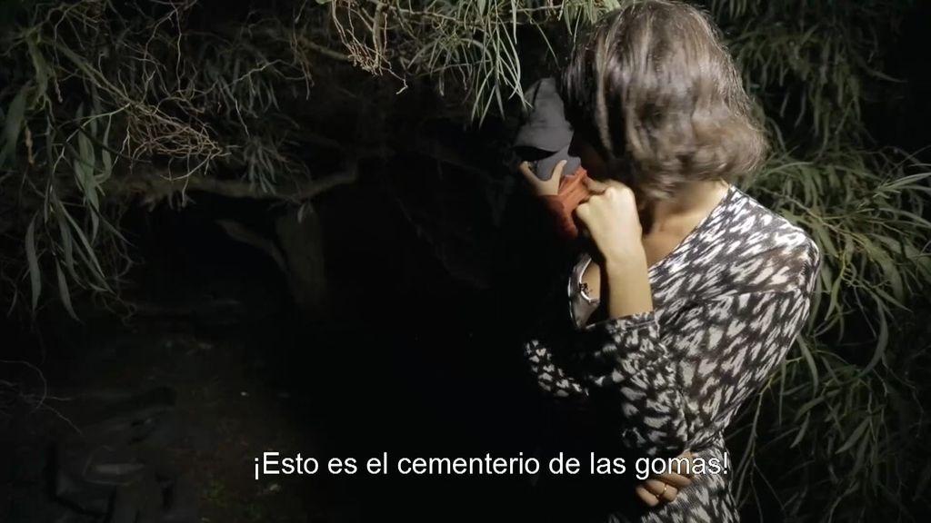 """'Fuera de cobertura' muestra un """"cementerio de gomas"""" de narcotraficantes"""