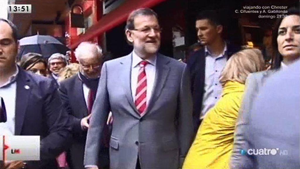 Rajoy se enfrenta a los abucheos en Oviedo