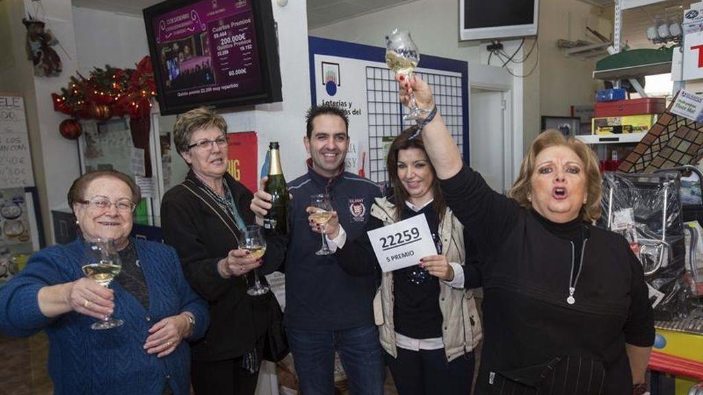 Celebran en Murcia la venta del quinto 22259