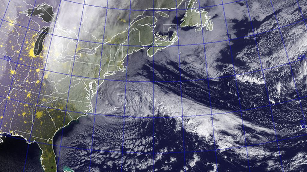 Imagen de satélite del huracán 'Sandy' acercándose a la costa este de Estados Unidos