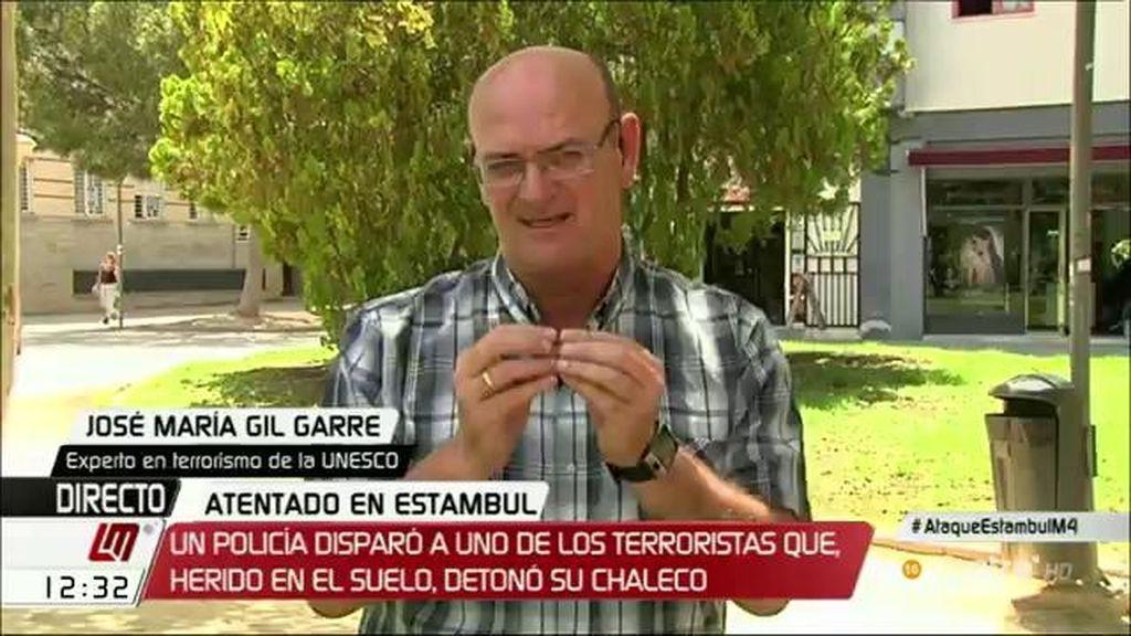 """José María Gil Garre, sobre el atentado de Estambul: """"La metodología es muy parecida a lo que vimos en Bruselas"""""""
