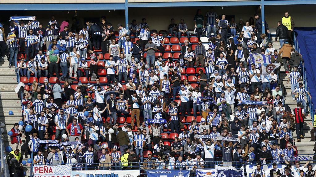 El Calderón pitó al 'Frente Atlético' tras el fallecimiento del ultra del Deportivo