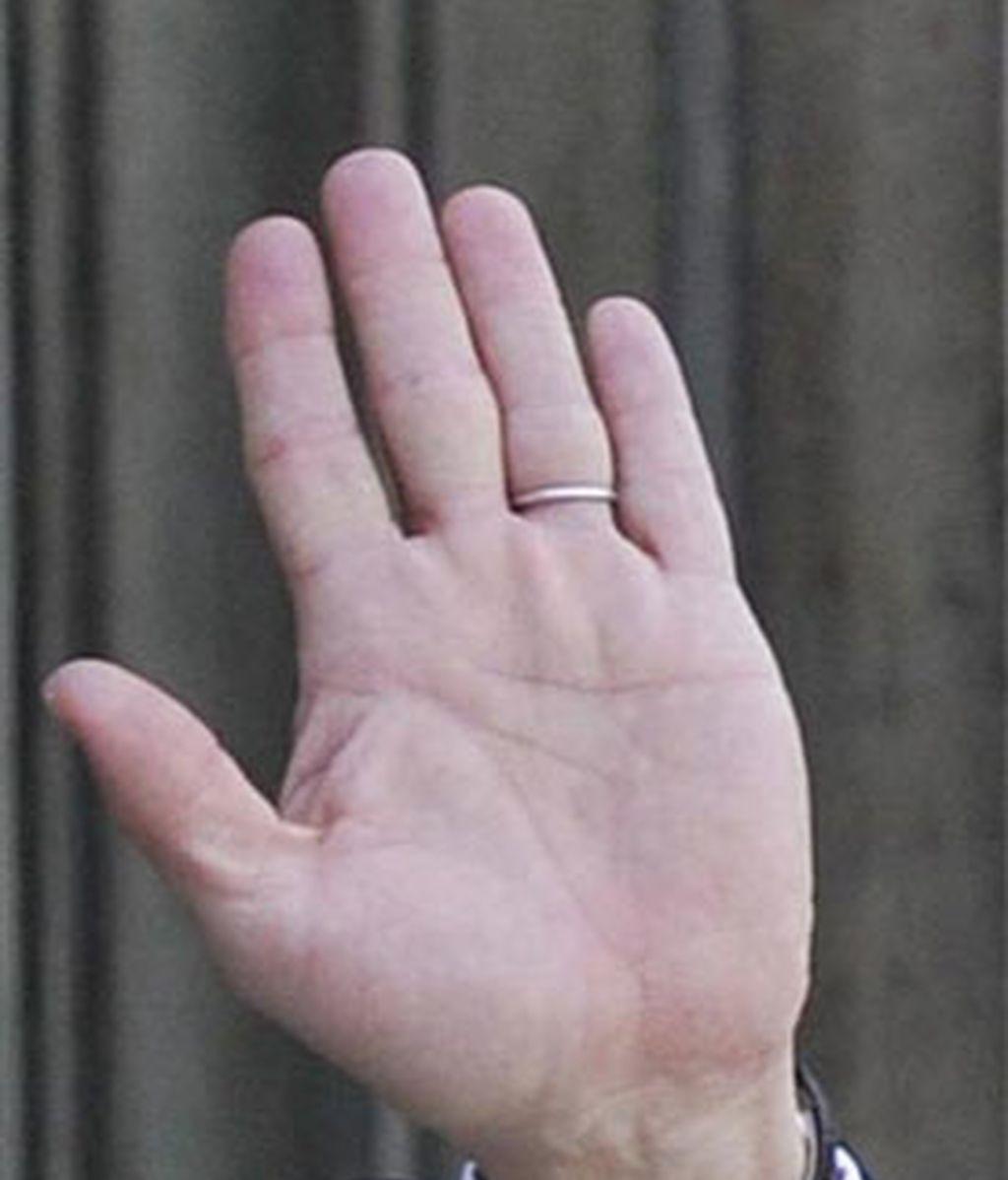 Los hombres cuyos dedos índices son más cortos que sus dedos anulares podrían tener penes más largos. Foto: EFE.