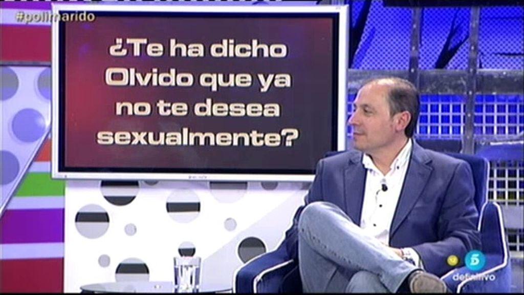 Jesús Atahonero miente en el 'poliDeluxe' ¡Sí que sigue enamorado de Olvido!