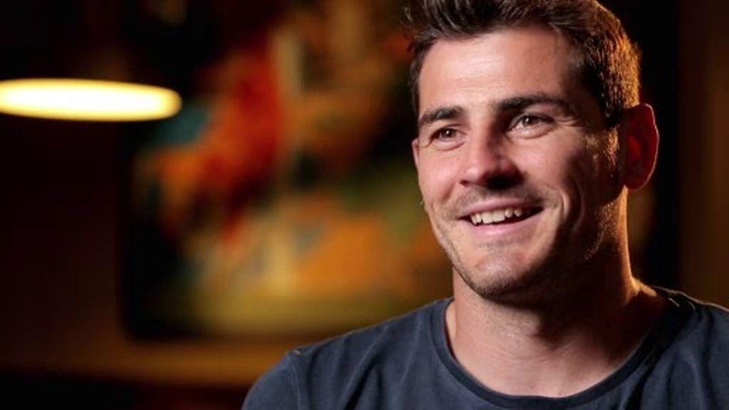 ¿Qué hizo Casillas con el dinero que le dio Hierro para volver a casa siendo un niño?