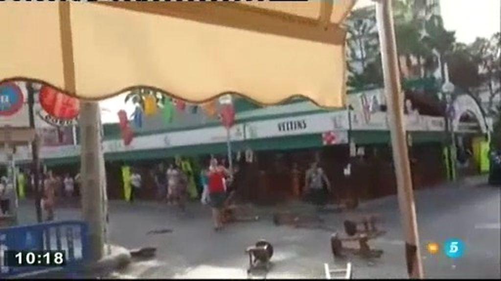 Turistas alemanes y vendedores ambulantes se enfrentan en Palma de Mallorca